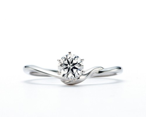 WLダイヤモンドの婚約指輪|煌・青星