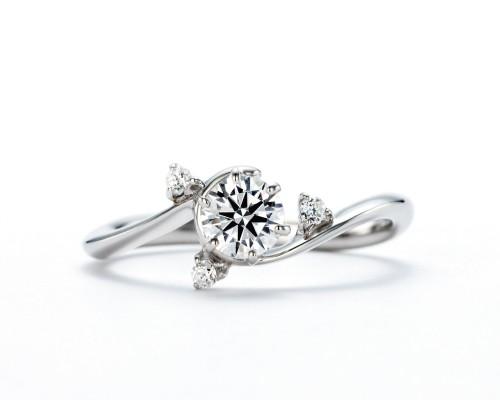 WLダイヤモンドの婚約指輪|煌・煌星