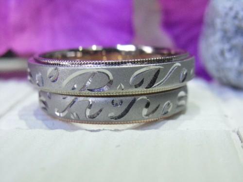 輪高崎工房の結婚指輪|アルファベット連結2