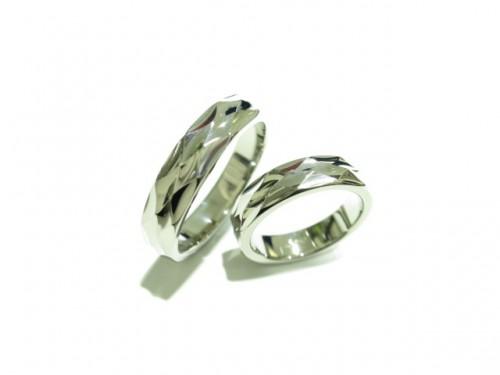 輪ファミリーの結婚指輪|IMG_9493