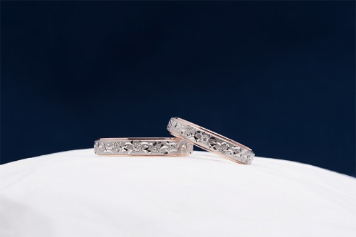 輪館林工房の結婚指輪 桜子