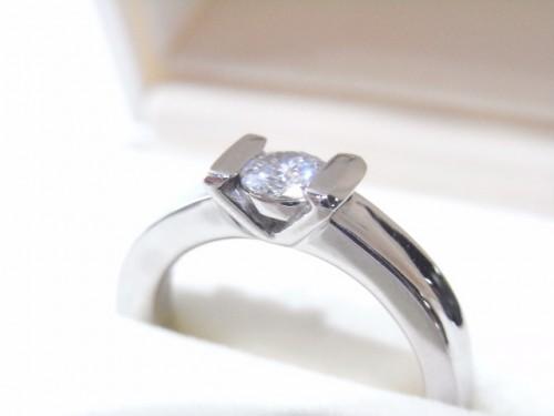 高崎工房の婚約指輪|o0640048012855512980