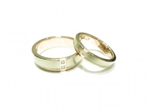 輪ファミリーの結婚指輪 IMG_7331