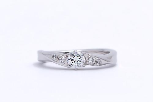 婚約指輪 WLD-12(正面)