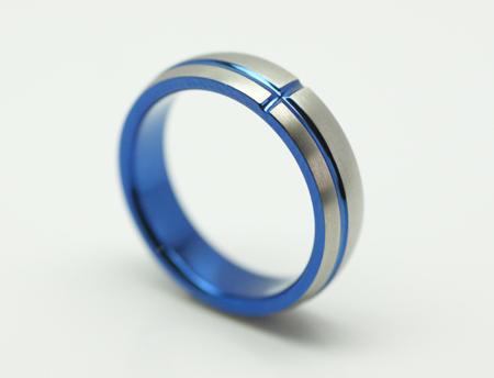 輪高崎工房の結婚指輪|甲丸クロス.1