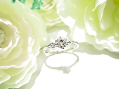 輪ファミリーの婚約指輪|IMG_6226