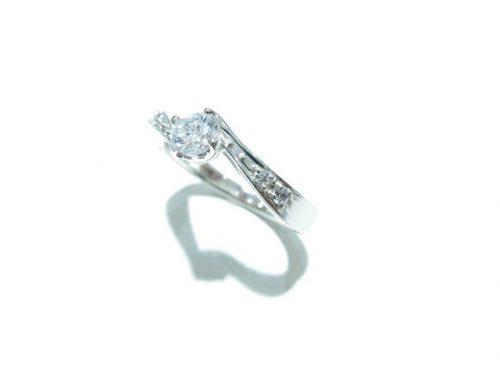 輪高崎工房の婚約指輪|IMG_7454