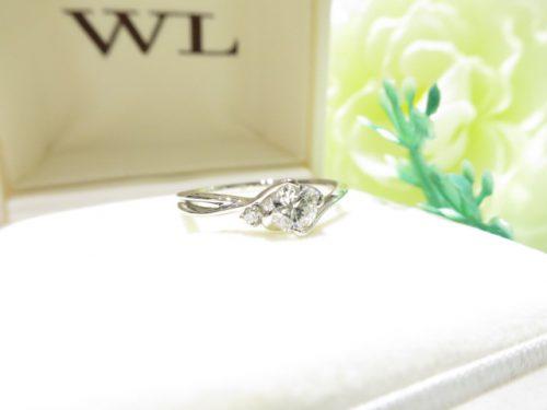輪ファミリーの婚約指輪|IMG_7893