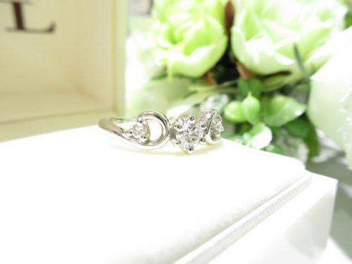 輪ファミリーの婚約指輪|IMG_7898