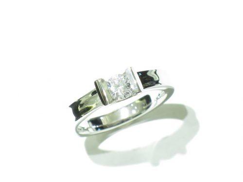 輪高崎工房の婚約指輪|IMG_7916