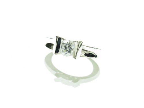 輪高崎工房の婚約指輪|IMG_7920
