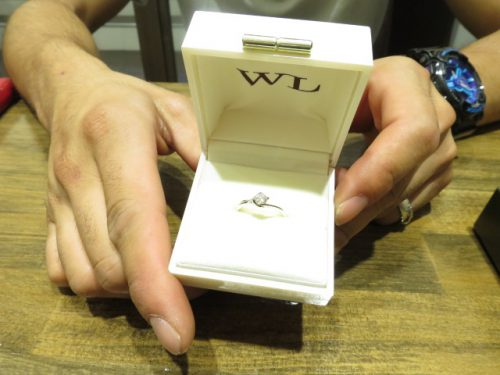 輪ファミリーの婚約指輪|IMG_7933