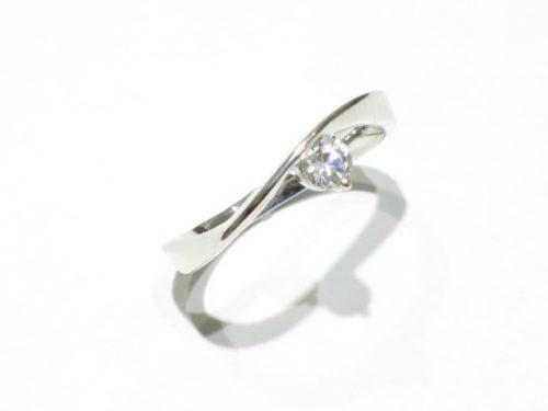 輪高崎工房の婚約指輪|IMG_8281