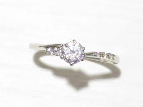 輪高崎工房の婚約指輪 IMG_8538