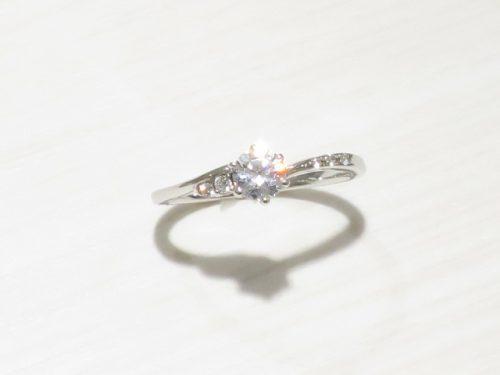 輪高崎工房の婚約指輪 IMG_8543