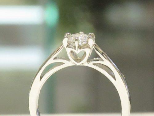輪の婚約指輪|img_3196
