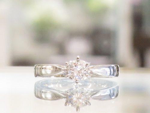 輪の婚約指輪|img_3200