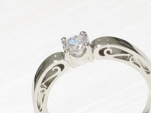 輪の婚約指輪|img_3247