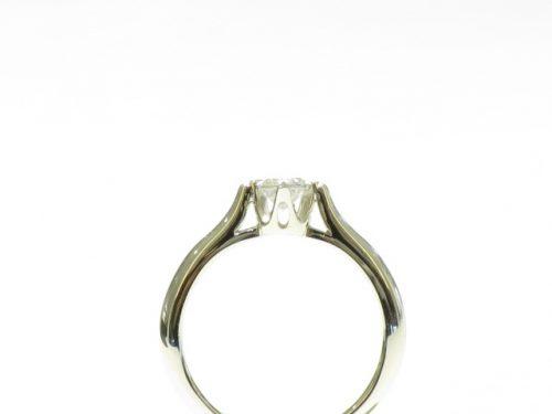 輪の婚約指輪|img_4017