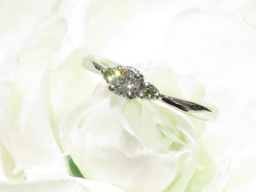 輪ファミリーの婚約指輪|img_6736