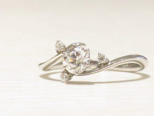 輪の婚約指輪|img_7371