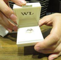 輪ファミリーの婚約指輪|IMG_3478