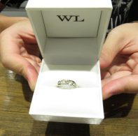 輪ファミリーの婚約指輪